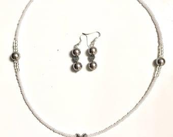 Sweet Silver necklace/earring set