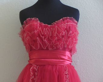 1950s Red Tulle Prom Strapless Prom Dress – XXS