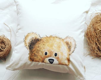 Art pillow bear