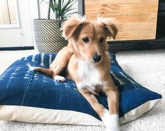 Vintage Textile Dog Bed - Zoe
