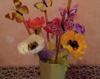 Vase Spring Yellow flower structures such