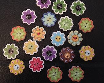 20 wooden flower buttons