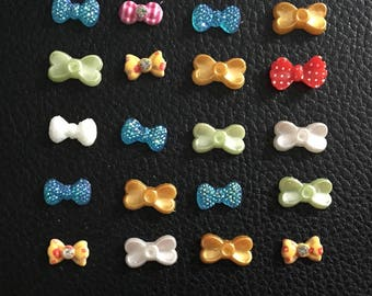 Set of 20 small bows
