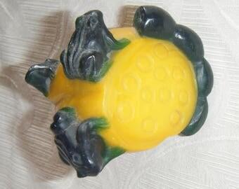 Chinese Peking Glass Snuff Bottle - Frogs on Lotus