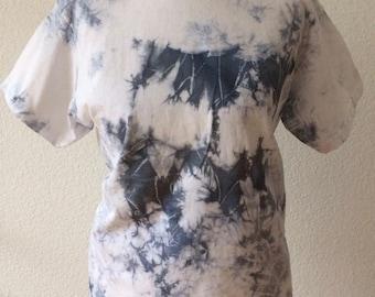 DIY tie-dyed t-shirt grey