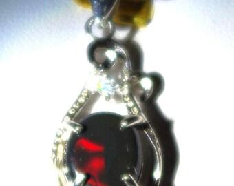 Pendant of Opal Black of Australia (Liightning ridge) of 1.40 carat