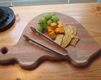 Cutting Board, Cheese Board, Handmade, Refurbished wood, Kitchen, Home Decor, Gift