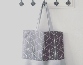 "large shopper ""Doro"" in grey and silver"