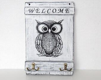 Owl key holder for wall , Key storage, key hook, key organizer, key holder welcome, key holder owl, key holder, rustic key holder, owl, gift