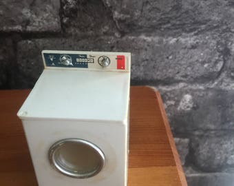 Vintage dolls house washer