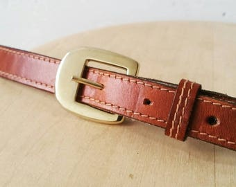 Vintage Brown Leather Skinny Belt with Brass Hardware. Skinny leather Belt. Medium to Large size leather belt. 39 x .5""
