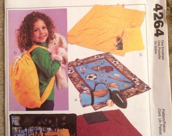 McCall's Crafts Pattern 4264-Easy Fleecew Blankets, Backpack, Carry All, Security Blankets, New and uncut