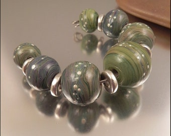 Ginnovations lampwork, Silvered Earth bead set (7 beads)