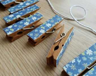 Daisy Wildflowers Flowers on Denim Blue Clips w Twine for Photo Display - Chunky Little Clothespin Set of 12 - Gifts For Her