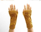 15% OFF SALE: Merino Fingerless Mitts. Cable Knit. Soft.  Sunflower Gold. Spring / Fall / Winter / Hipster Fashion. Handmade in France.