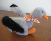 Muffy VanderBear Muffy's gray goose Down on the Farm stuffed toy