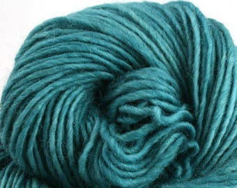 Brunswick Hand Dyed chunky weight 70/30 Corriedale wool Mohair blend yarn 140 yds 4oz Marine