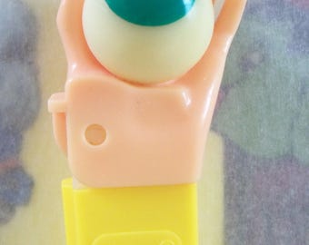 Psychedelic Hand PEZ Candy Dispenser / Mail-In Offer / 1999