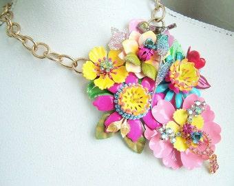 Belles fleurs - OOAK Neckpiece - Ready to ship xx