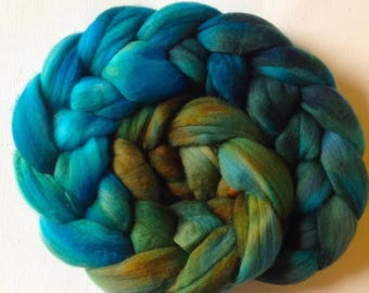 Merino Wool Roving spinning or felting  3.5ozs  Ready to ship