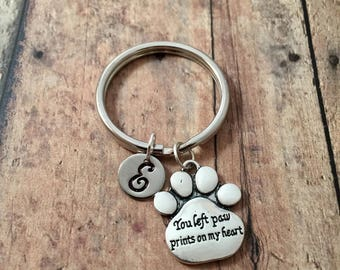 Paw print initial key ring - dog paw key ring, dog memorial key chain, pet loss key chain, paw print key chain, rainbow bridge key ring