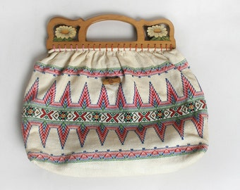 Vintage Knit Bag - 1960s Wooden Handle Floral Ethnic Design Woven Boho Handbag - Medium Large