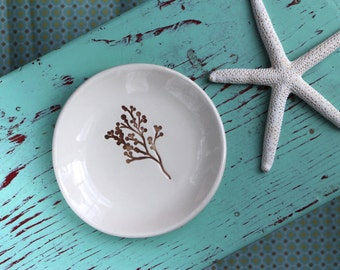Branch on Round Trinket Dish, Ring Dish with Branch, Jewelry Dish with Branch