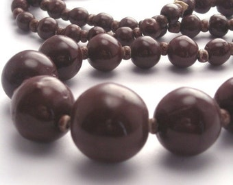 50% OFF SALE Vintage Czech Glass Graduated Beads - 1 Strand - Chocolate Brown VGB36