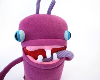 "Plush Stuffed Monster ""Lilith"" Toothy Pocket Cotton Monster"
