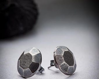 FACETS- silver post earrings