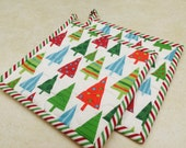 Christmas Pot Holders,  Quilted Potholders, Contemporary Kitchen Potholders, Hostess Gift, Gift under 20