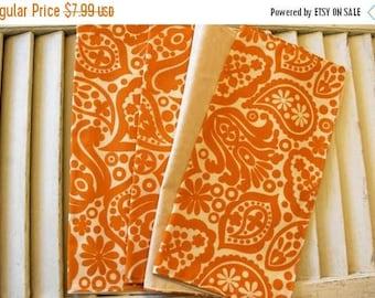 "SALE 10% OFF Set of 4  12"" 2 ply  Cotton Cloth Napkins Fall Vintage Print"