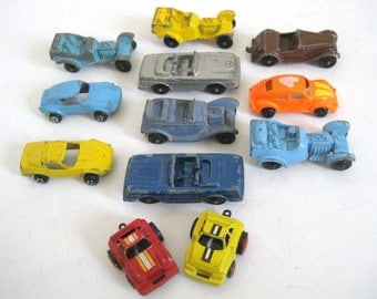 Vintage Lot of 12 Toy Metal Toy Cars Tootsie Toy