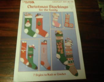Christmas Crocheting and Knitting Patterns Christmas Stockings for the Family Leisure Arts 301 Crochet Pattern Leaflet
