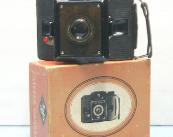 Vintage Agfa Clipper PD 16 Film Camera with Original Box