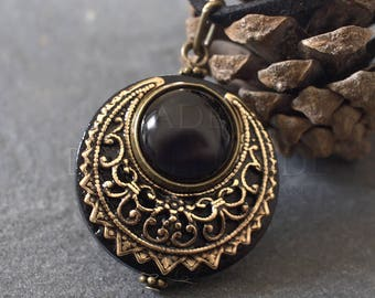 """Amulet Protection Necklace Pendant """"Lleuad"""" Onyx Moon Wicca - Wood Gold-Filled Brass Gemstone - Pagan Triple Goddess"""