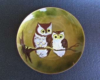 Bonavo Enamel Owl Plate w/ Original Label, Cheshire, Conn. Mid Century American Metal Arts Movement