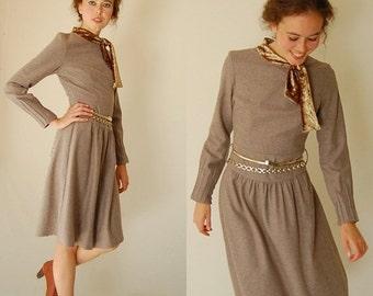 sale 25% off every sunday Vintage Beige Wool Ascot Preppy Boho Sheath Dress (xs)
