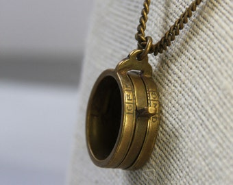Vintage BRASS LOUPE- Necklace- Falguera- Movable Ring- Altered Art Supply- Found Object
