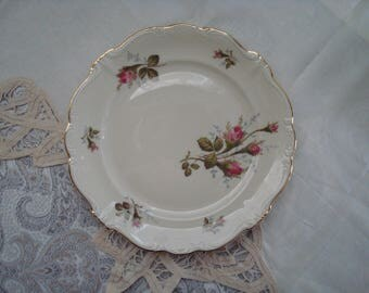 Pretty Scalloped Rosenthal Selb Germany Pompadour Moss Rose Salad Plate, Vintage Salad Plate, Pink Roses, Hot Pink Roses, Embossed