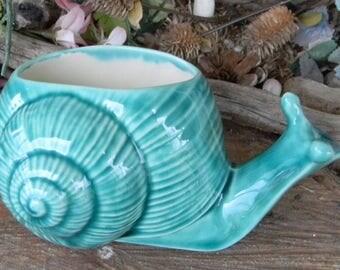 Garden SNAIL Vase Planter in Turquoise  - Vintage style -   Glazed ceramic