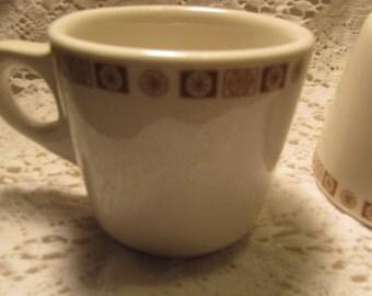 Buffalo China Coffee Mugs Ironstone Cups Oakbrooke Pattern Mustard Atomic Snowflake Raised Buffalo Set Of 4 Restaurant Wear