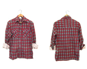 Vintage Plaid Flannel 80s Navy Blue Red Grunge Shirt Boyfriend Button Up Long Sleeve SMALL FIT Preppy Boho Tomboy Shirt Womens XS Small