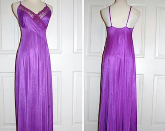 Vintage Purple Nightgown 1980s Nightgown Full Length Negligee Romantic Lingerie Lace Trim Undercover Wear Valentine Gift for Her Size Med