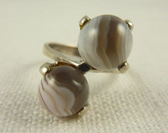 Size 7 Vintage Modernist Sterling Lace Agate Orbs Ring