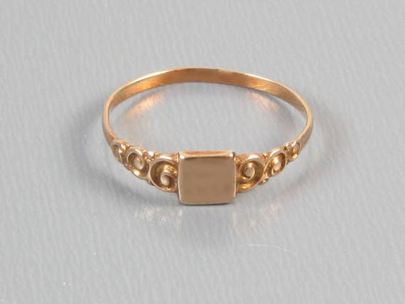 Antique Edwardian 10k rose gold signet ring / pinky ring / midi ring, size 3-1/2 / baby ring / knuckle ring / signed Moore & Son