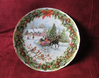 Vintage Royal Albert Christmas Sleigh Ride Plate made in England