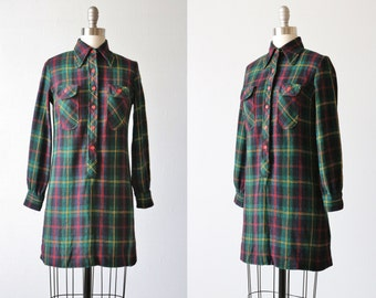 Vintage Plaid Buttondown Shirt Dress / Tartan Plaid / 1970s Vintage Dress / Preppy Shirt Dress