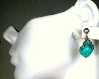 Turquoise Earrings, Nugget Dangle Stones on Silver Screwbacks , 1970s  SouthWestern Cowgirl N. Mexico. Purchase