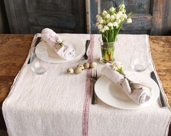 E 63: antique handloomed TABLERUNNER spring decoration handsewn dinner-for-two french lin wedding decor